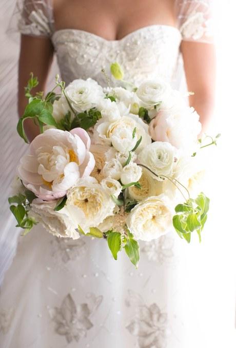 2014_bridescom-Editorial_Images-06-Brides-Live-Wedding-Large-Brides-Live-Wedding-09