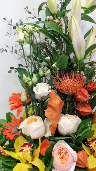 arrangement zink large protea orchids juliet lilium lisianthus 1