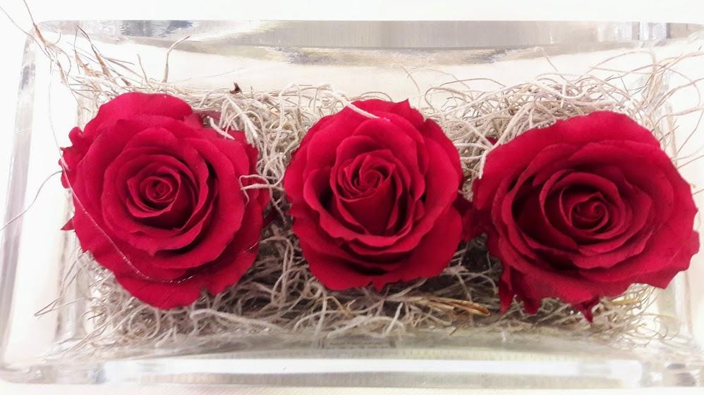 forever roses glass table vase 1