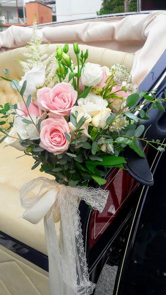 wedding deco car