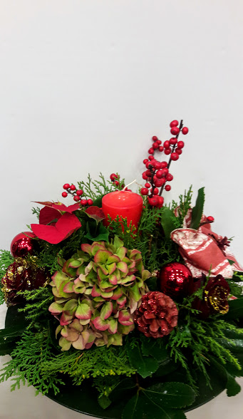 christmas center-piece with candle