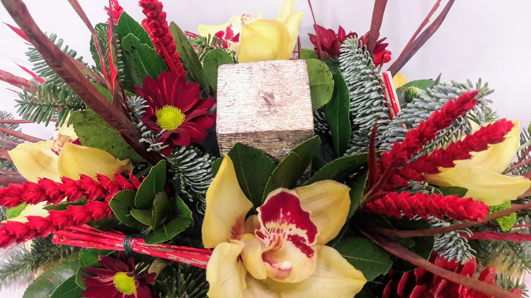 christmas center-piece with candle oval1