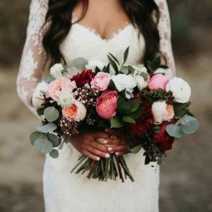 20 CHARMING IDEAS FOR A BURGUNDY/BLUSH WEDDING Gamos stolismos