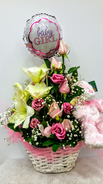 new born girl flowers4u.gr