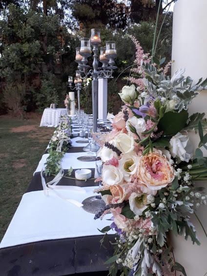 γαμος με τριαντάφυλλα κήπου