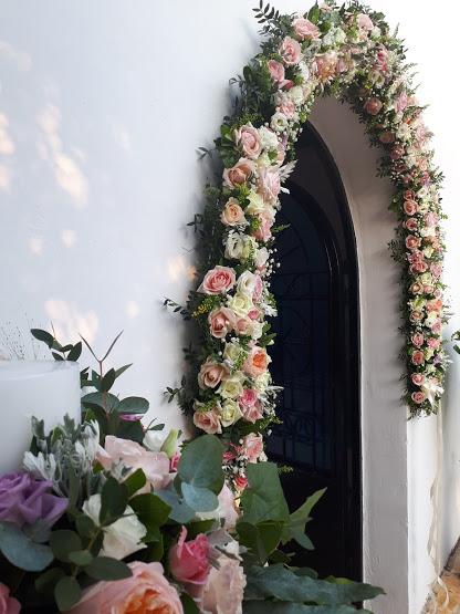 προσφορά γάμου -διακόσμηση με άνθη για καλοκαίρι 2020