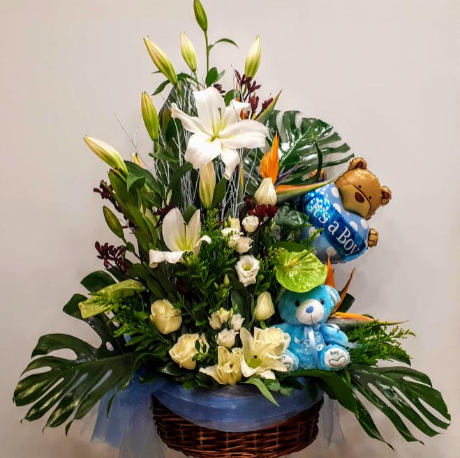 it's a boy basket flowers καλάθι για νεογέννητο αγοράκι